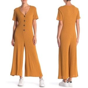 NWT Lush Ribbed Knit Solid Jumpsuit
